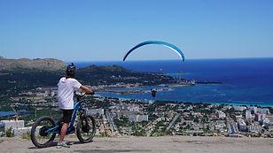 e-bike and parapente.jpg