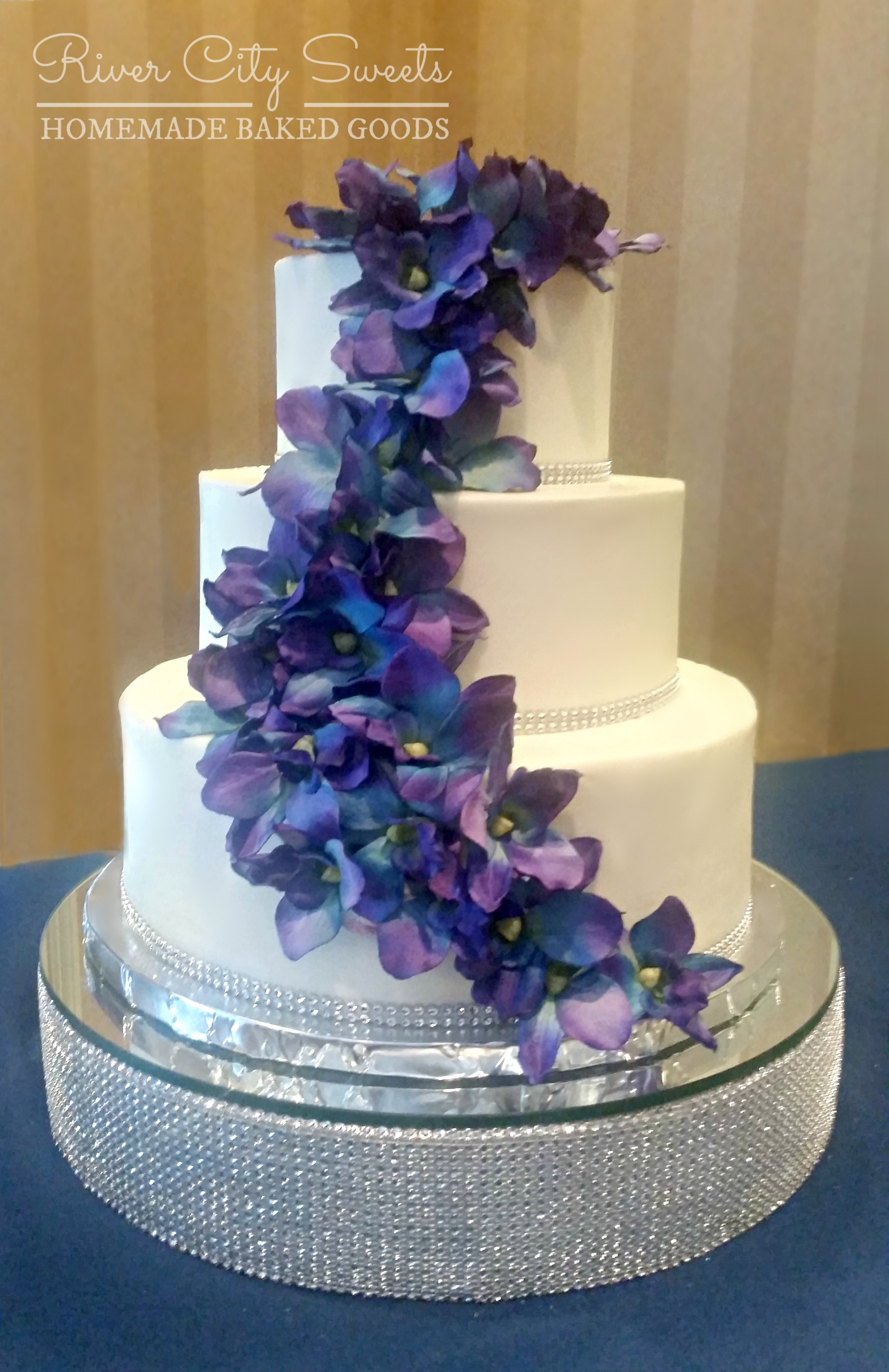 Buttercream and Orchid Wedding Cake