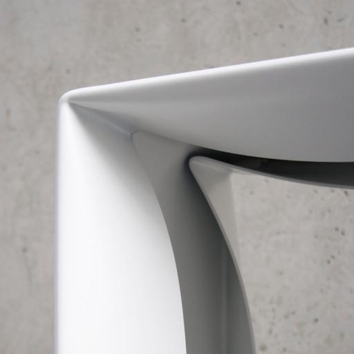Folded Bench in white