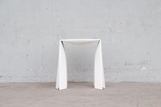 Folded Stool in white