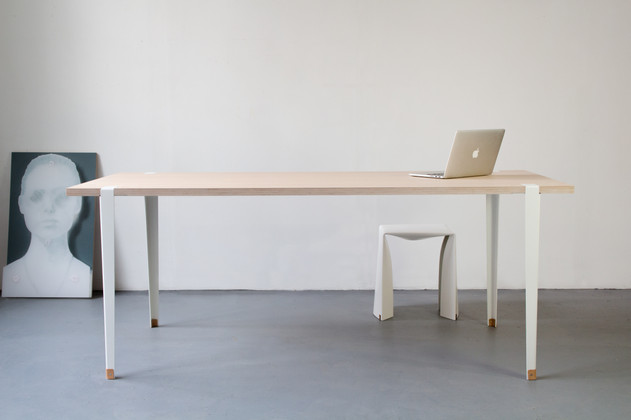 Table Klaus