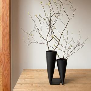 Vase No8 black