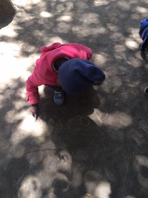 child writing .jpg