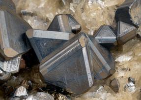 Tetraedrit Georg BB 12 mm Henry Weskamp 20-06-51 Reinhardt.jpg
