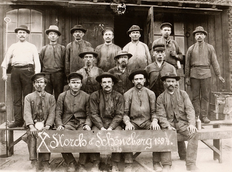 Belegschaft_Storch_&_Schöneberg_1894.jp
