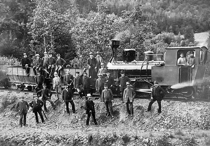 Grubenbahn Fischbacherwerk um 1888.jpg