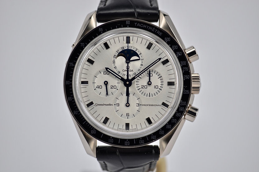 Circa 2003 Omega Speedmaster Professional White Gold Moonphase