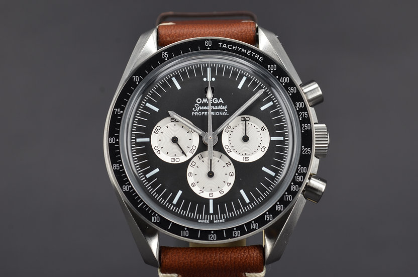 2017 Omega Speedmaster Speedy Tuesday