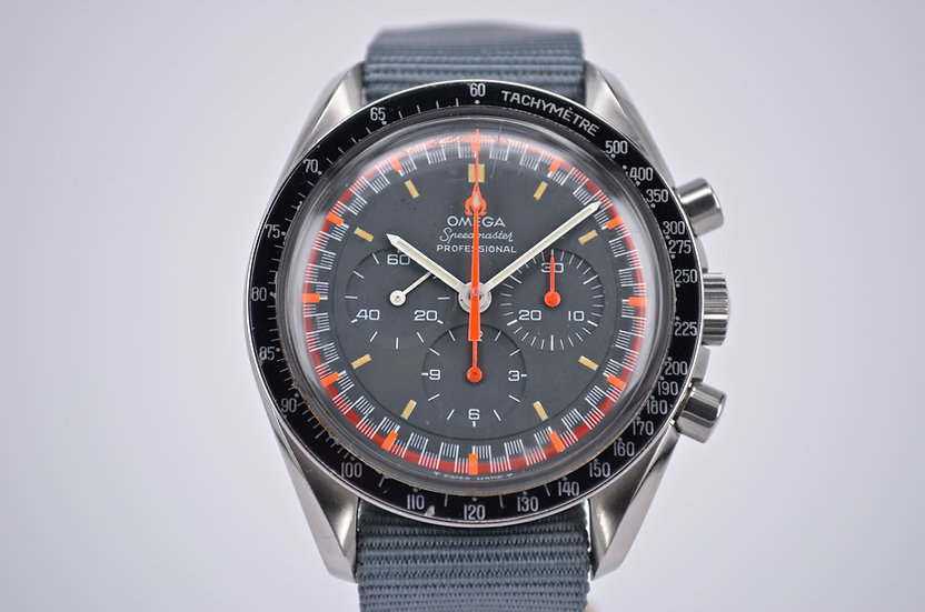 Omega Speedmaster Professional Racing Dial 145.022-69 ST
