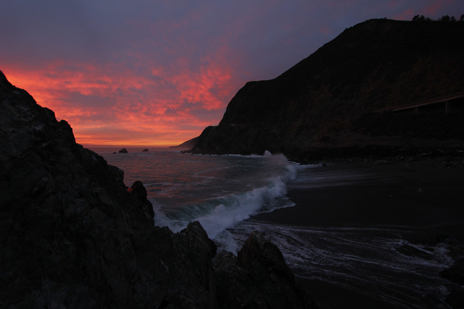 Sunset over the waves in Big Sur