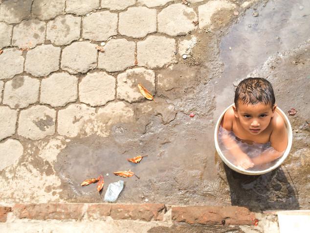 Bathtime in Nica