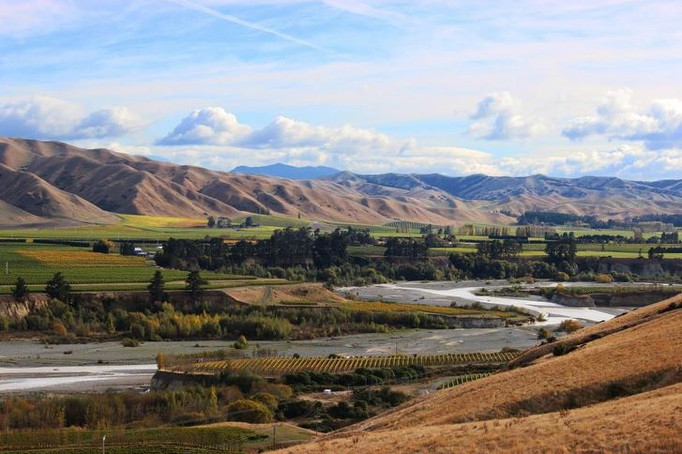 STORY-VALLEY-AWATERE-overview-big.jpg
