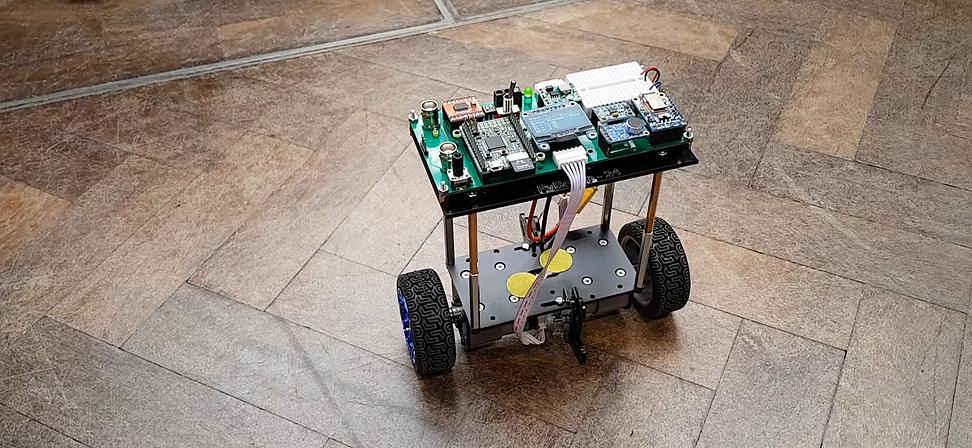 selfbalancingrobot.png