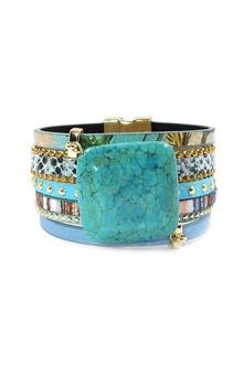 Turquoise Bracelet.jpg