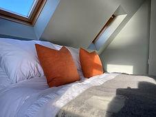 bed 1 cushions.jpg