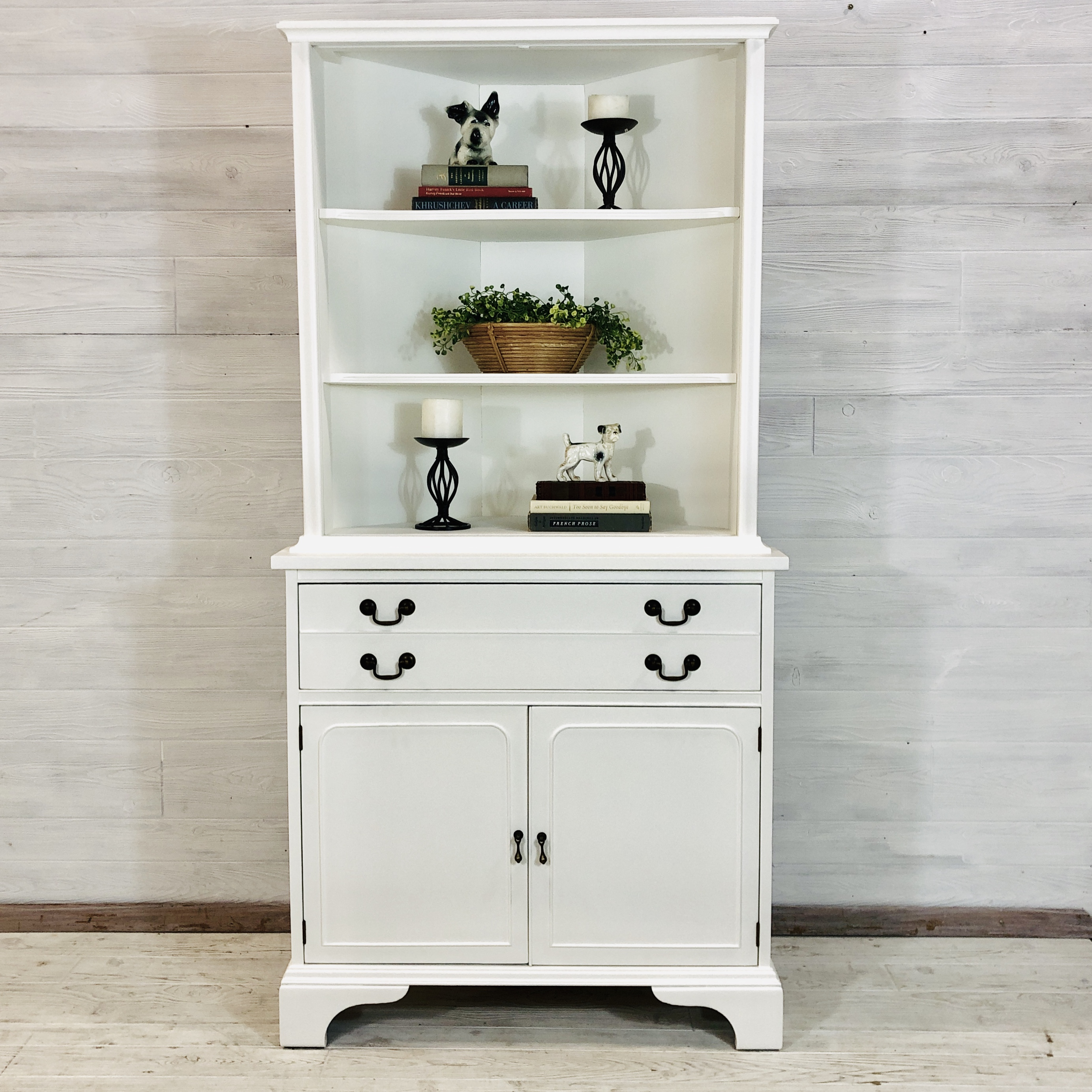 Alabaster White Corner Hutch