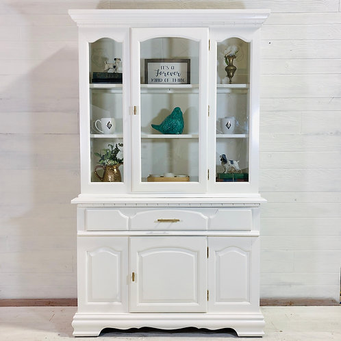 Harlow - Alabaster White Hutch