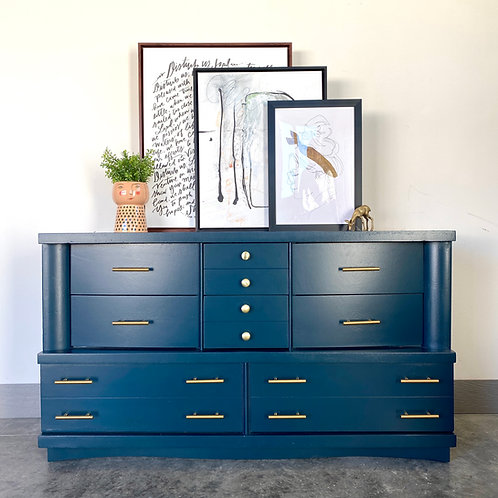 Twyla - Dark Night 8 Drawer Dresser