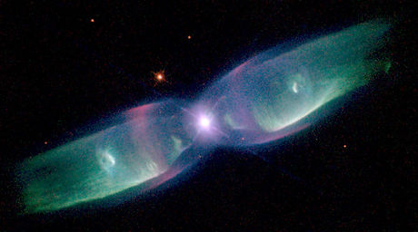 Planetary Nebula M2-9 por Bruce Balick (University of Washington), Vincent Icke (Leiden University, The Netherlands), Garrelt Mellema (Stockholm University), y NASA/ESA.
