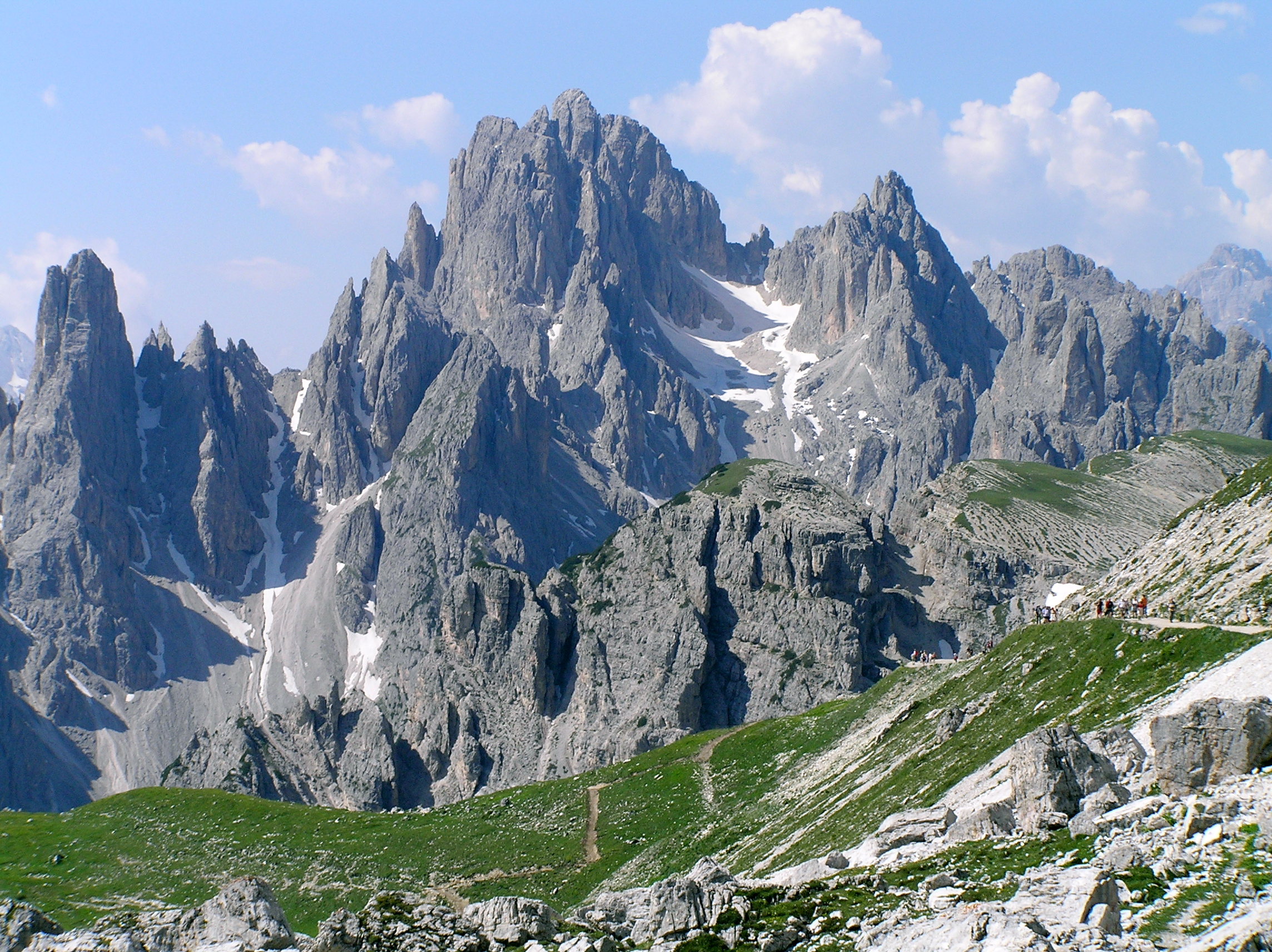 イタリア ドロミテ岩峰