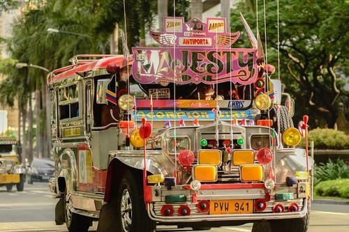 9 - jeepney 3.jpg