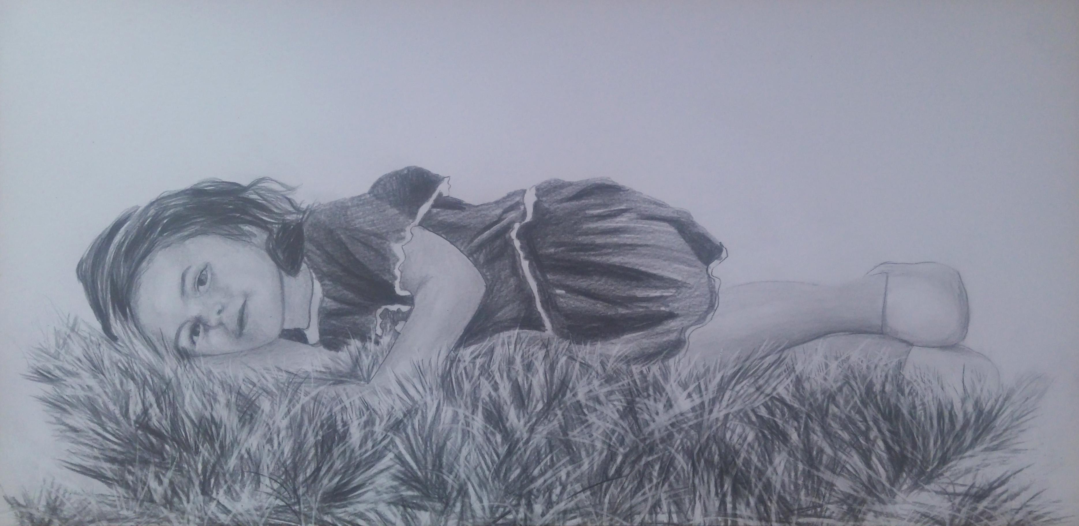 çimenler üzerinde çocuk