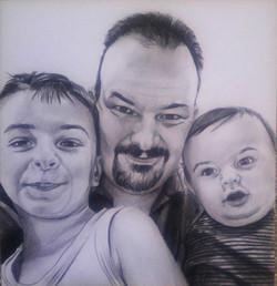 karakalem aile çizimi