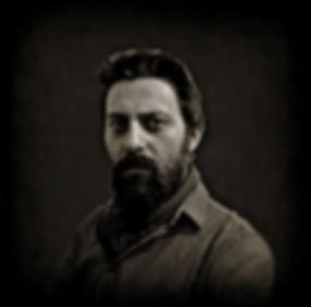 Ressam Taha Demir öz portresi