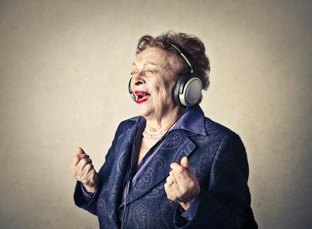 Pourquoi le fait de chanter aide le patient atteint de la maladie d'Alzheimer?...