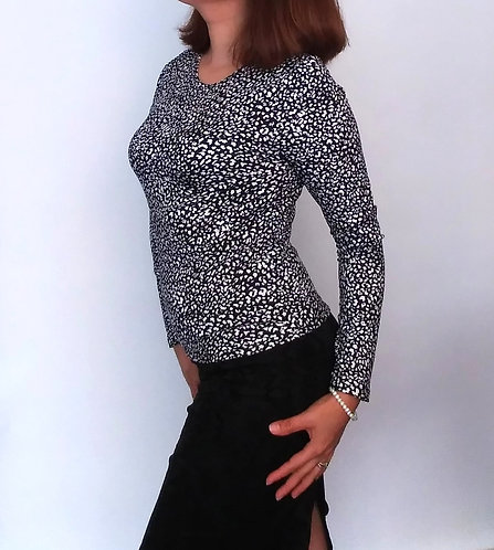 Black and White Long Sleeve Top