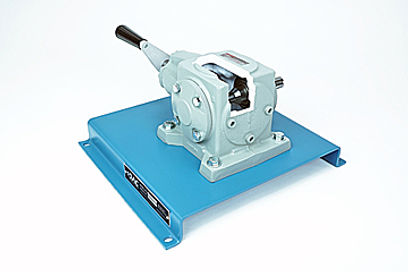 Right Angle Spiral Bevel Gear Reducer Cu