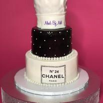 Classy & Fabulous Cake