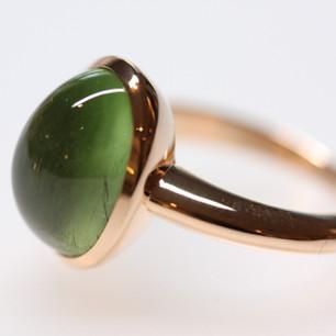 Ring Rotgold mit Peridot