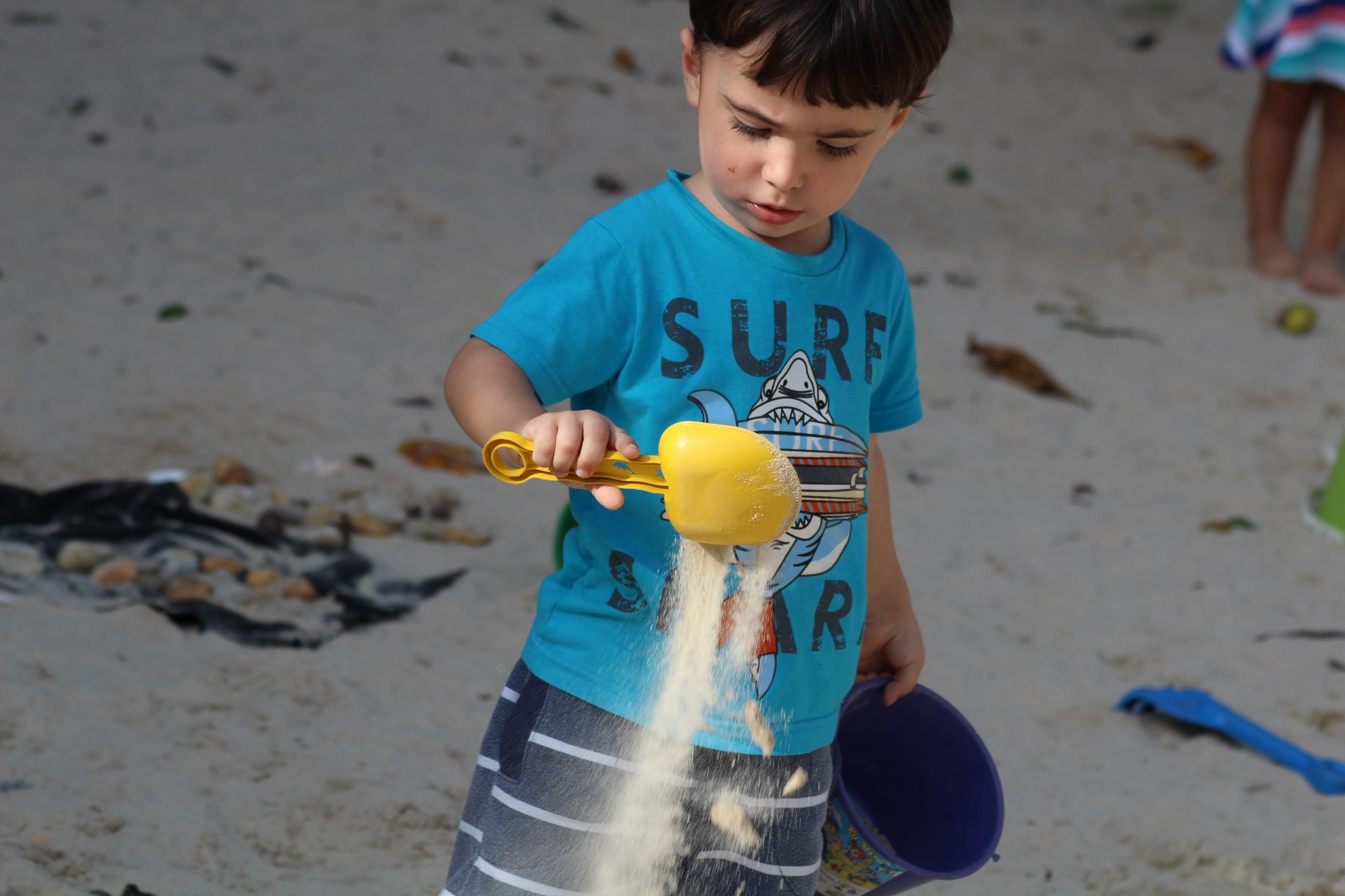 Brincando com areia
