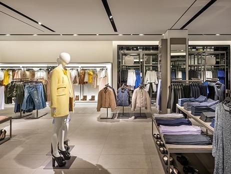 Zara Store - Barcelona.jpg