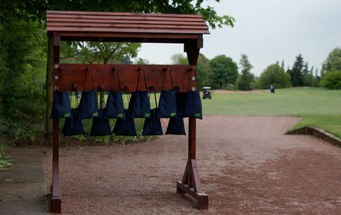 Divot Bag Stand