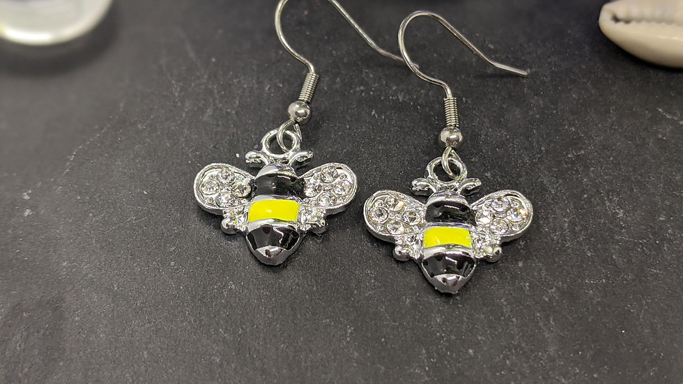 Beautiful black & yellow enamelled bee drop earrings with rhinestones.