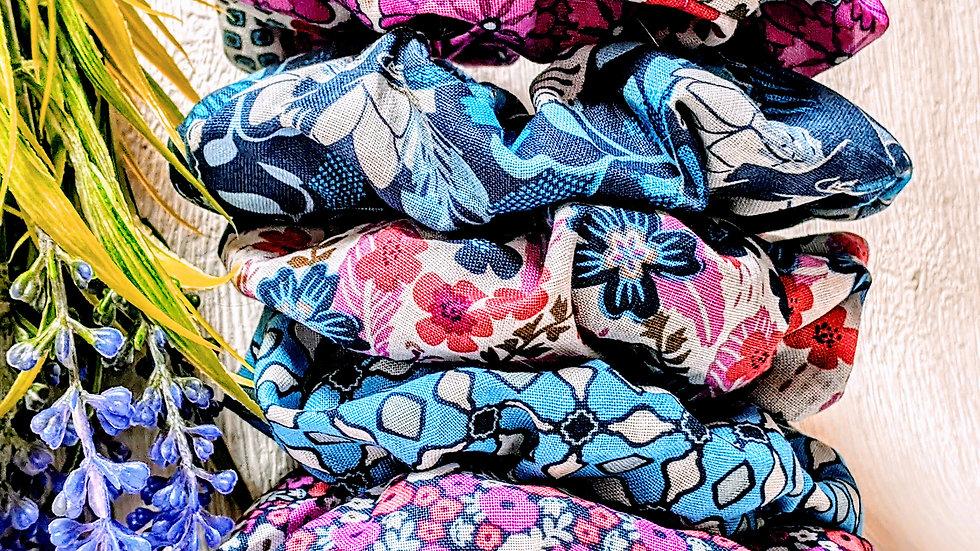 Set of 5 handmade vintage/retro/classic floral cotton hair scrunchies.