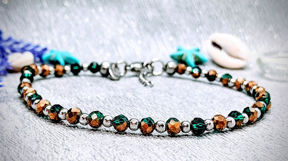 Handmade beautiful anklet with gold & emerald green glass beads