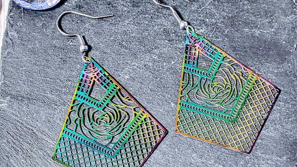 Beautiful rainbow effect stainless steel detailed dainty earrings.