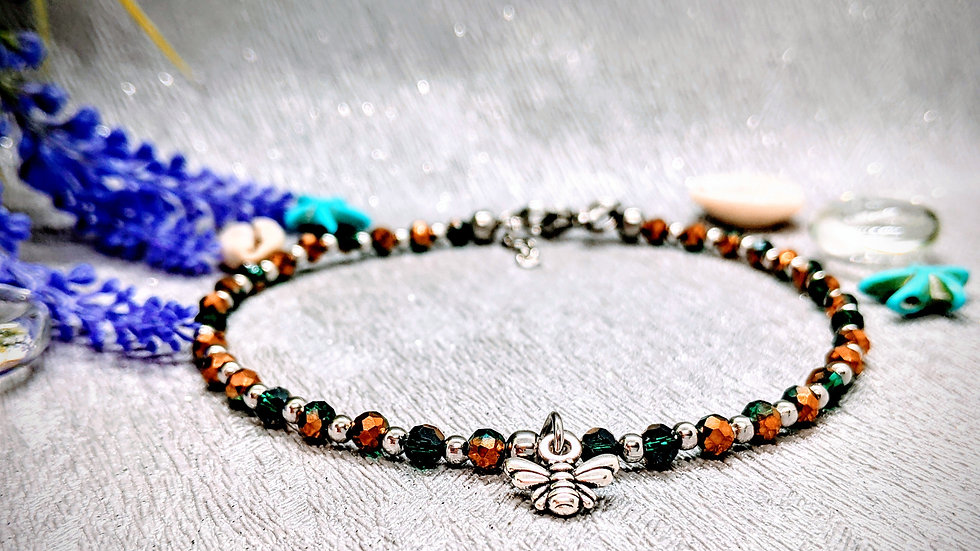 Handmade beautiful anklet with gold & emerald green glass beads & bee charm.