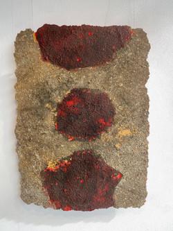detritus - substrata pop, 2021, fiberglass, resin, pigment and substrata 80 x 110 cm