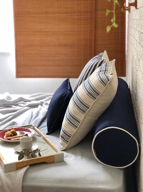 Rolo de cama com enchimento de poliéster