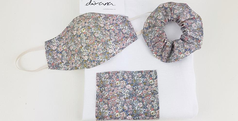 Conjunto camiseta, mascarilla y coletero flores