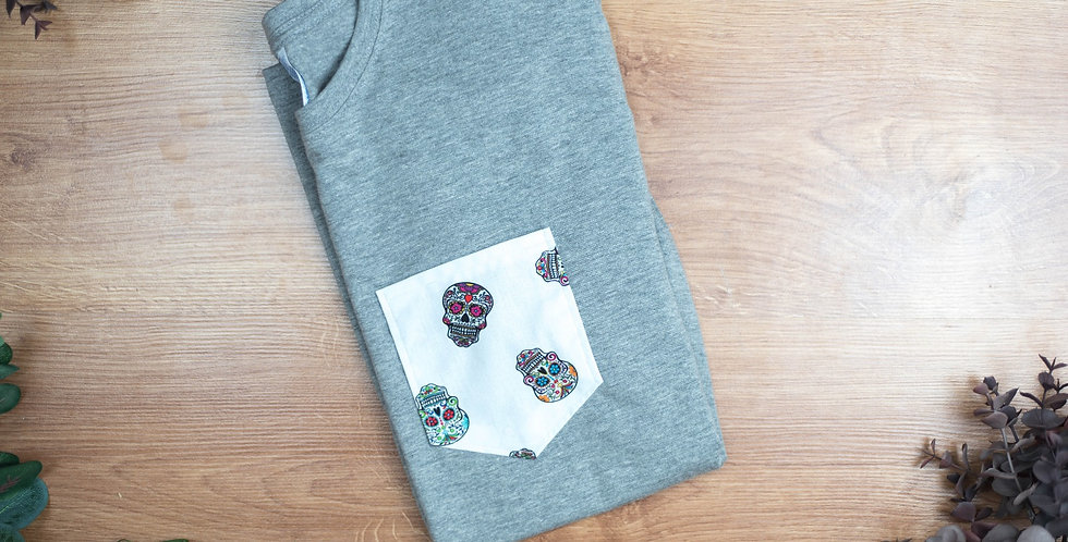 Camiseta Calaveras Blancas