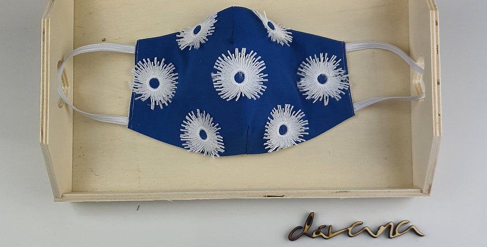 Mascarilla Azul Flores Blancas