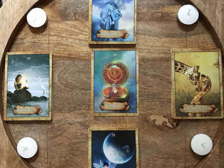 Moon Cycle and TarotPartnered Up for Manifesting!