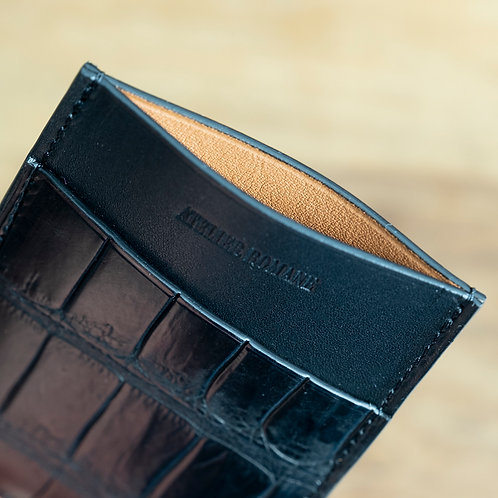 Minimalist cards holder  alligator black - wiskey