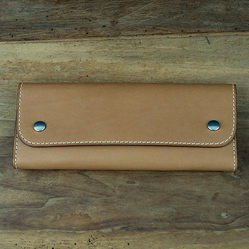 Watchpouch  tan contrast stitching