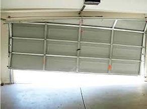 garage_door_off_track.jpg